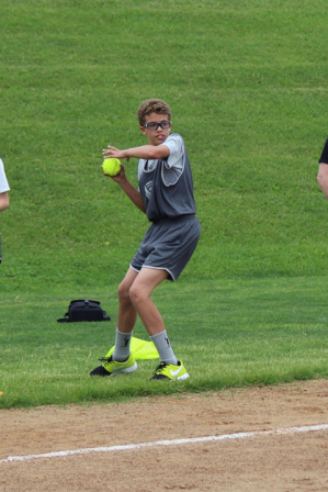 Aidan R. - 11/12 Softball Throw