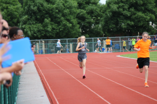 Lilly's 400m finish